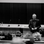 Key Note Speaker, Vortragsredner und Coach auf Bühne und vor Publikum